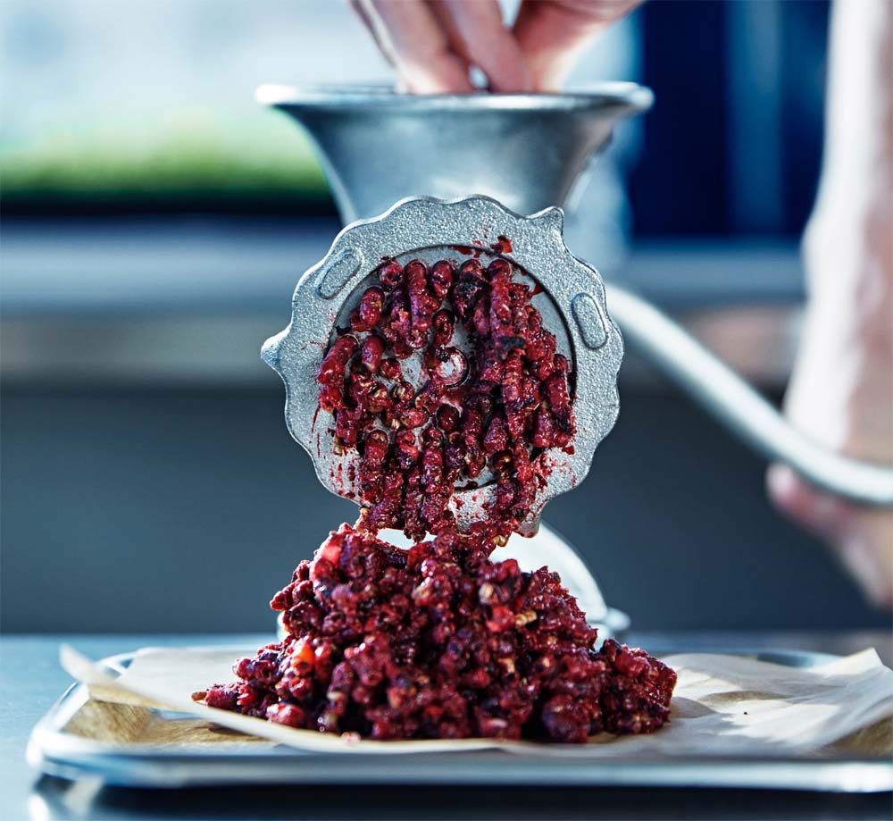 Grinding bugburger ingredients (photo: Kasper Kristoffersen, Ikea)